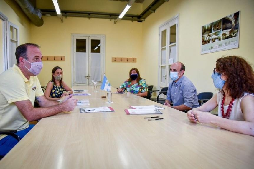 El Municipio y la UNQ firmaron un convenio de prácticas para Enfermería
