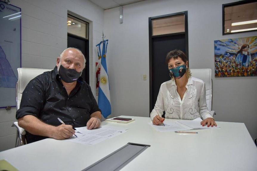 Mayra Mendoza y el doctor Romero acordaron 30 esterilizaciones mensuales en el distrito