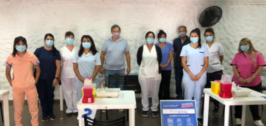 El intendente Cascallares recorri� centros de vacunaci�n contra el COVID-19