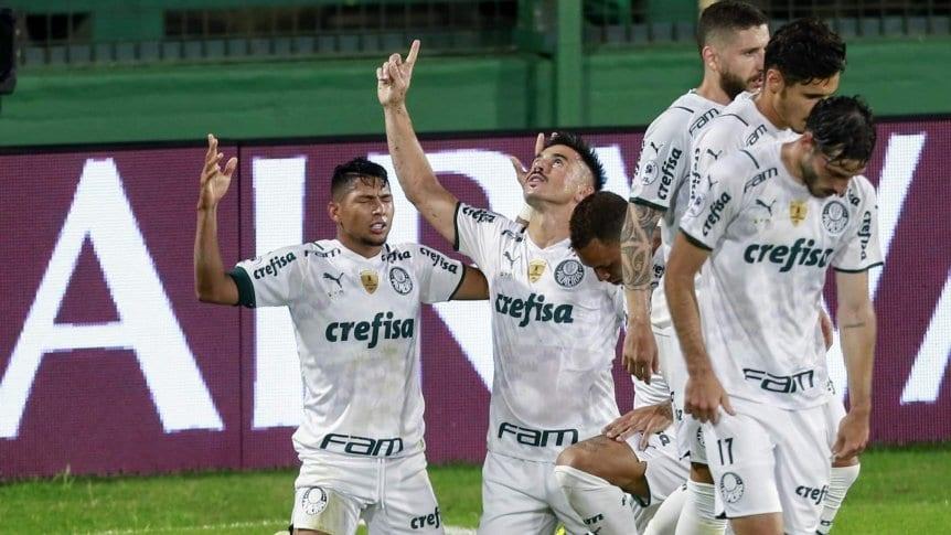 Defensa mereció más pero Palmeiras se vuelve a Brasil con ventaja