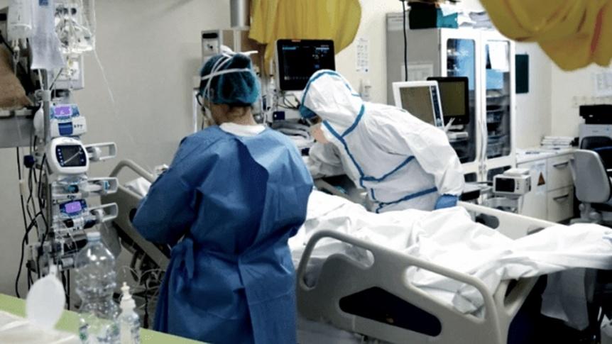 COVID: Vacunaci�n, casos y fallecidos en cuatro gr�ficos