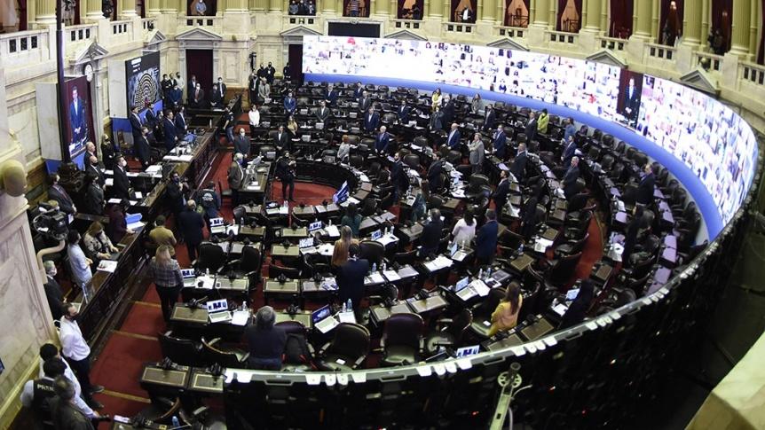 Diputados analizarán postergar las elecciones un mes