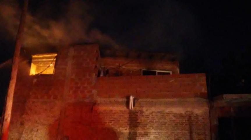 Se incendi� una vivienda de San Francisco Solano con importantes da�os