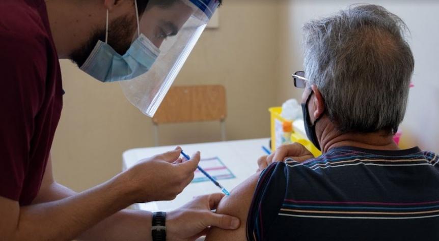 La poblaci�n extranjera podr� inscribirse en la campa�a de vacunaci�n bonaerense