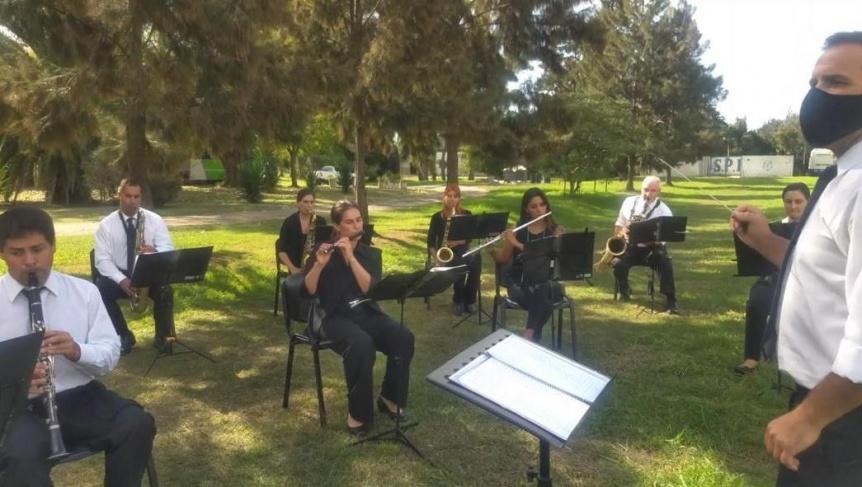 La Banda de Música del Servicio Penitenciario Bonaerense brinda homenaje a los Rolling Stones