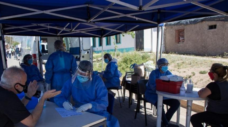 COVID: 347 fallecidos y 16.415 nuevos casos en la Argentina