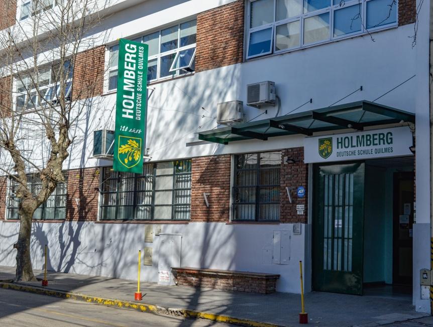 Dolor por el fallecimiento del representante legal del Colegio Alem�n de Quilmes