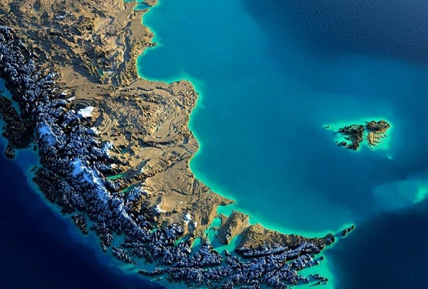 Charla del Instituto IDEAL sobre Malvinas y el colonialismo