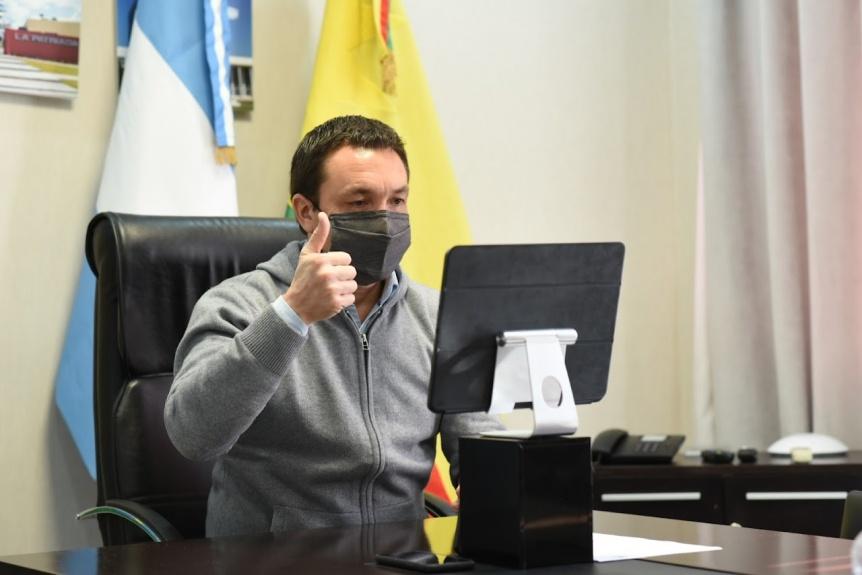 Varela: Watson lanzó cursos para fomentar la empleabilidad juvenil en el distrito