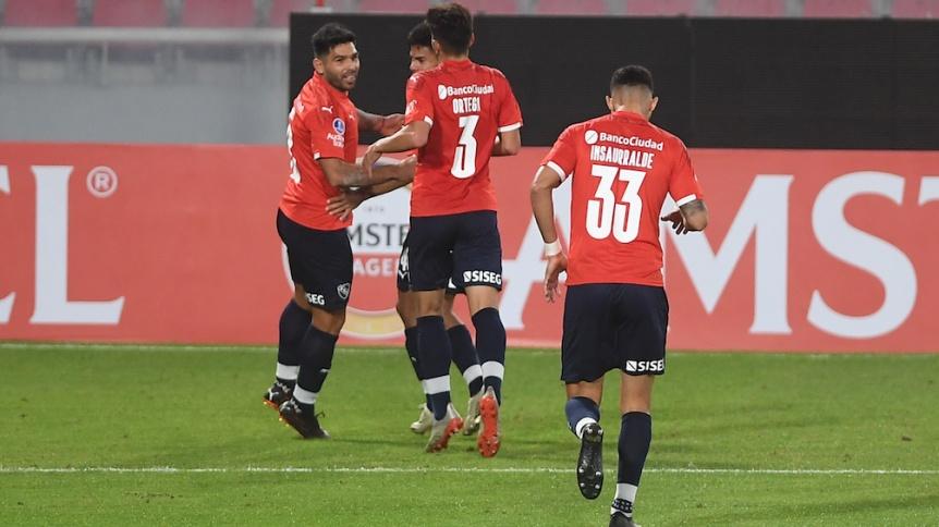 Independiente enfrenta a Santos con la obligaci�n de ganar para pasar