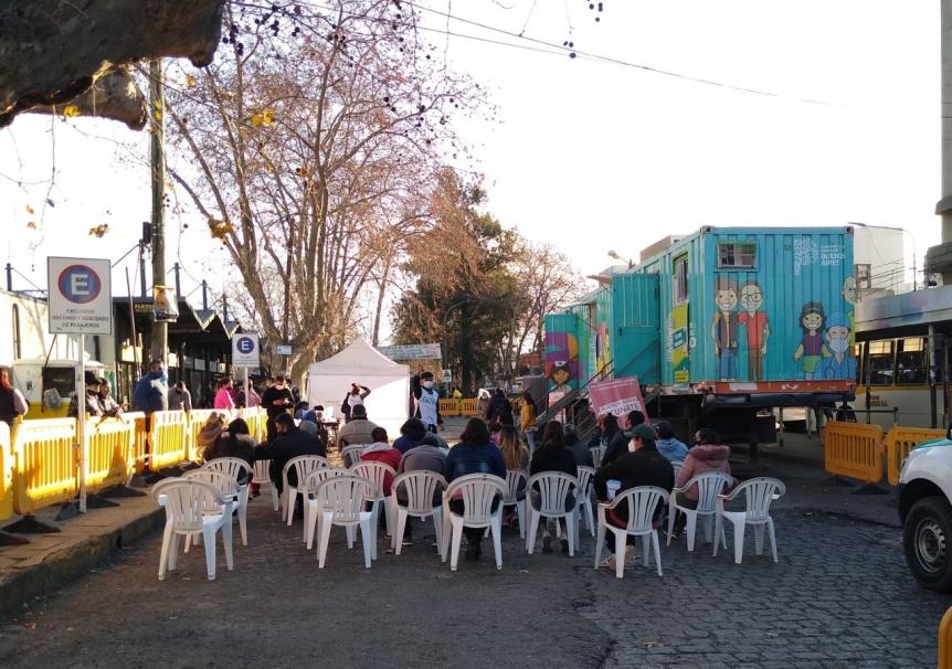 Continúa la posta vacunatoria en la Estación de trenes de Florencio Varela