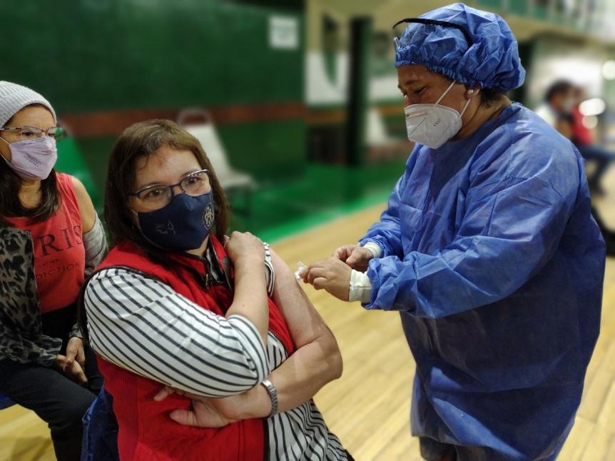 COVID: R�cord de arribo de vacunas y de aplicaciones en julio