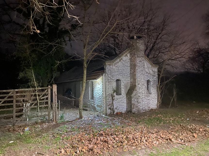 Los pr�fugos del triple homicidio operaban y se escond�an en una estancia abandonada