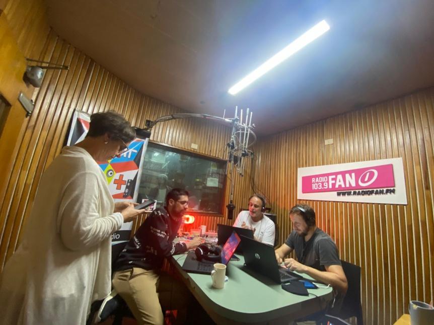 Gran cobertura de Radio FAN que sorprendi� con streaming en vivo
