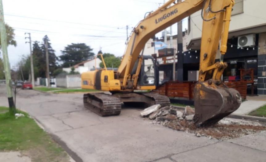 Florencio Varela: Comenzó la repavimentación en la calle Rodó