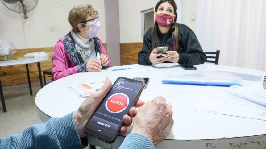 Lanús: El Municipio instalará botones antipánico para adultos mayores