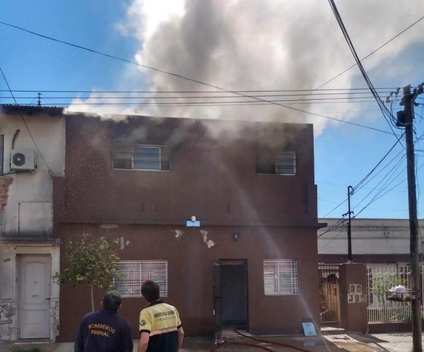 Dos incendios en viviendas de Bernal Oeste y Quilmes