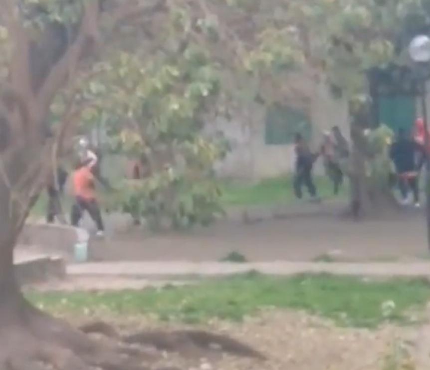 Barras de Berazategui se enfrentaron a los tiros