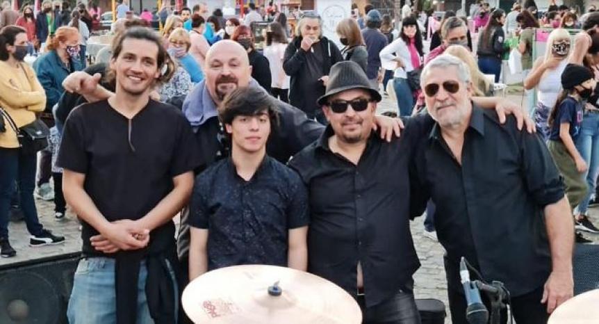 Celebran el D�a de la Primavera con m�sica en la Plaza Arist�bulo del Valle