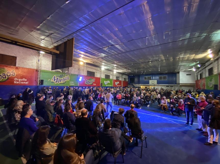 Plenario de Juntos Quilmes con presencia de todos sus candidatos y dirigentes