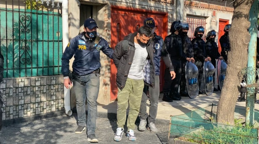 La Polic�a Federal Argentina detuvo a cinco personas acusadas por narcotr�fico