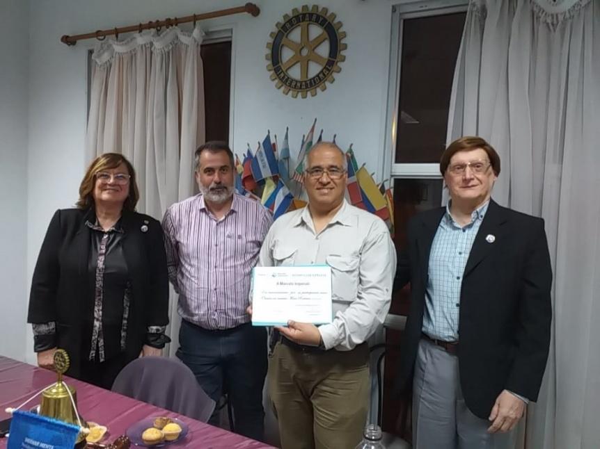 Rotary Club Ezpeleta homenajeó a los radioaficionados