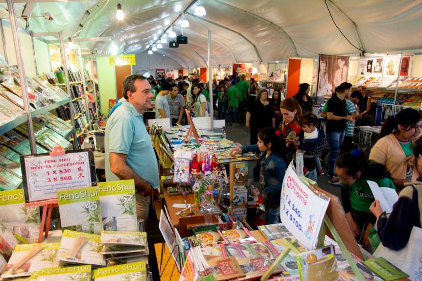 Septiembre llega con libros y mentes abiertas a la 13� Feria Municipal del Libro