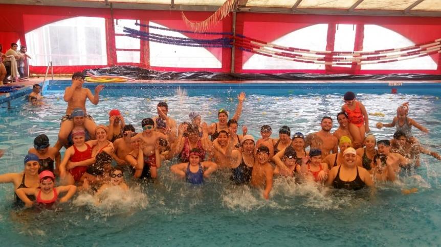 Abre la inscripción al programa de natación municipal en Quilmes - Perspectiva Sur