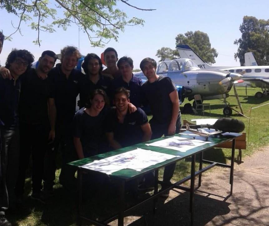 Exitosa muestra de proyectos de las escuelas técnicas de Quilmes - Perspectiva Sur