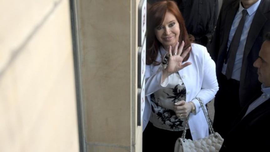 Cristina Kirchner declar� en la causa por corrupci�n en la obra p�blica