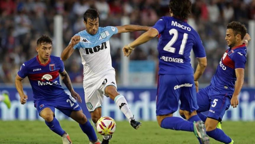 Racing, en la despedida de Coudet, enfrenta a Tigre en Mar del Plata