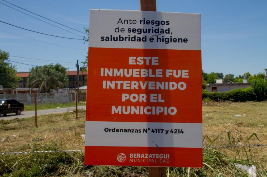El municipio de Berazategui busca erradicar el abandono de terrenos