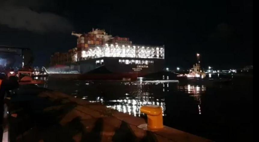 Llegó el primero de cinco barcos con millones de insumos médicos para la Provincia