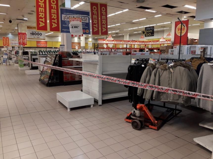 H�per y supermercados de Lan�s no vender�n productos no esenciales