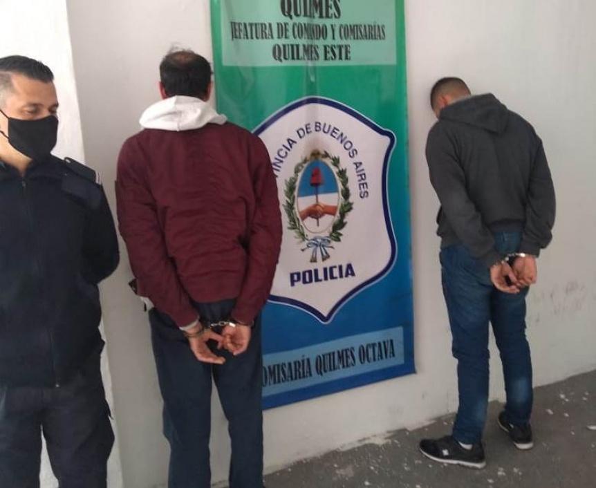 Dos detenidos por robo en pleno centro comercial de Bernal