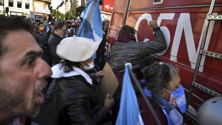 Repudiable agresi�n a la libertad de prensa: Agresiones en el obelisco