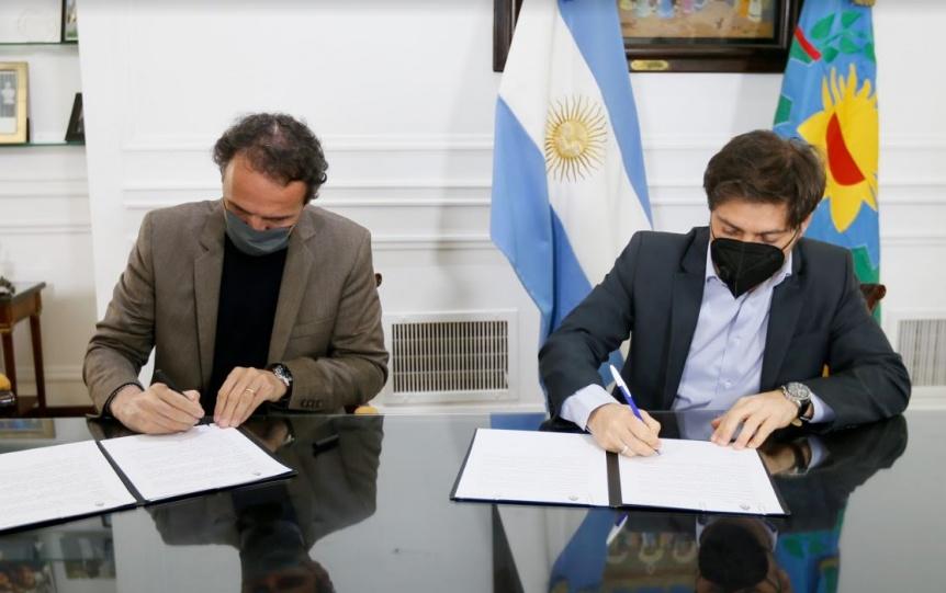 La Provincia firmó convenios con Nación para obras viales y de agua y saneamiento