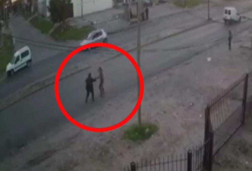 Adolescente aprehendido y liberado tras violento asalto a una mujer