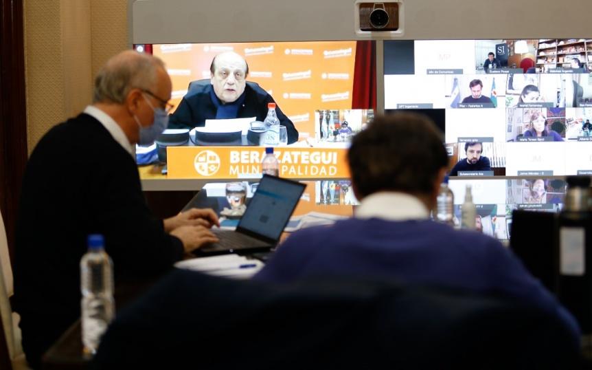 Axel Kicillof se reuni� con intendentes del �rea Metropolitana