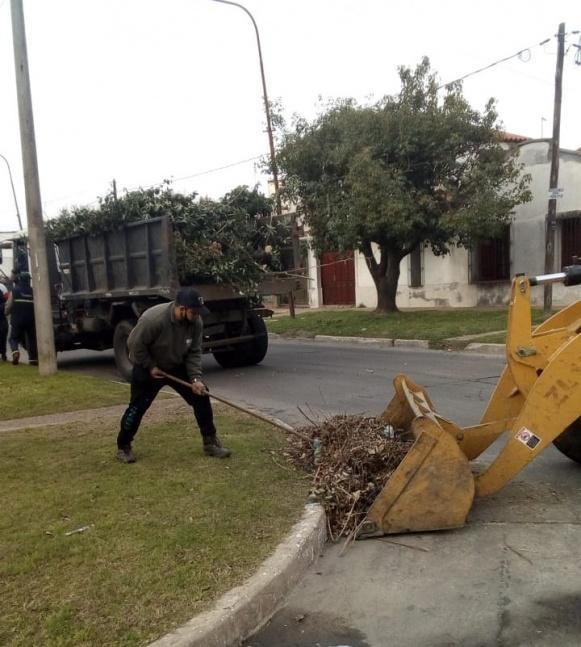 Contin�an los operativos diarios de higiene urbana,  agua, cloacas y saneamiento h�drico
