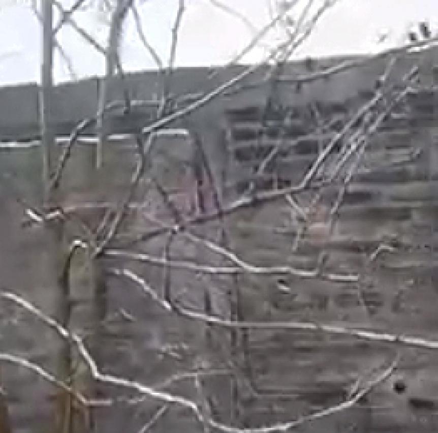 Intentaron derrumbar el pared�n perimetral