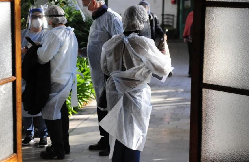 Confirmaron 53 muertes y 5.241 contagiados en las �ltimas 24 horas