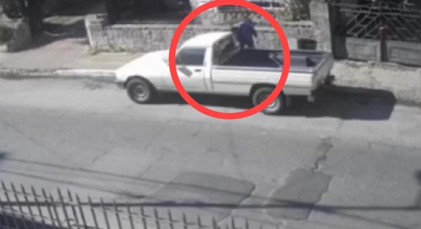 Bernal centro: Roban una camioneta en menos de un minuto