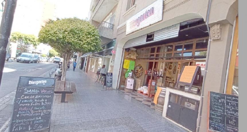 El comercio de Bernal propone al Municipio que permita el ingreso de un cliente