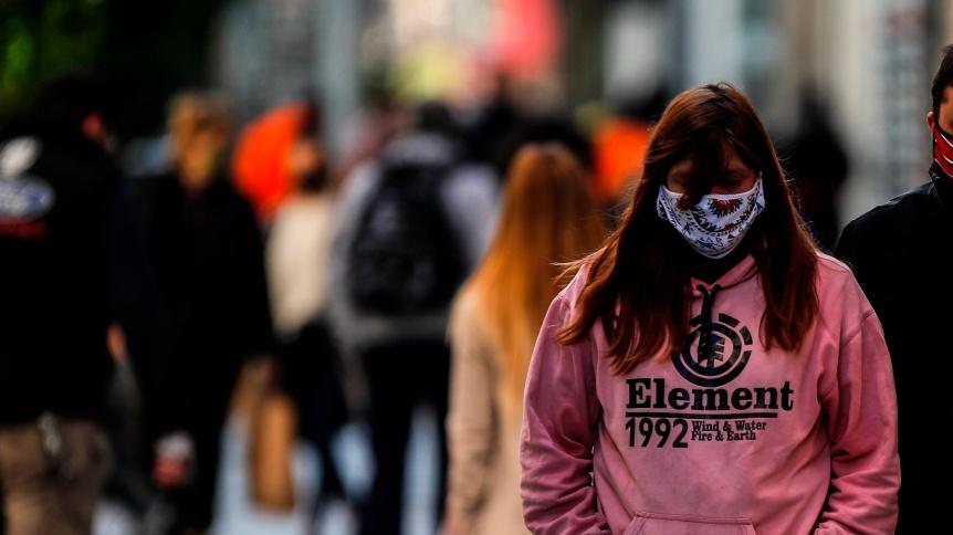 Registraron 287 muertes y 10.324 nuevos contagios de COVID en Argentina