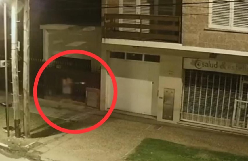Lo asaltaron, un vecino lo confundi� con el ladr�n y lo persigui� a escopetazos