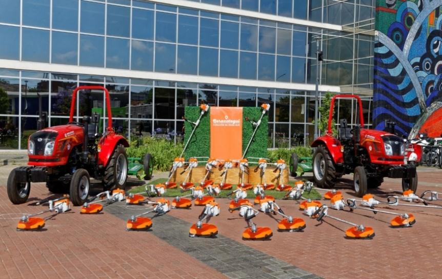 Berazategui adquiri� 2 nuevos tractores y 30 motoguada�as