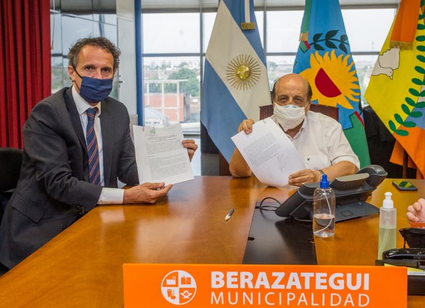 Mussi y Katopodis recorrieron obras de agua y pavimentos en Berazategui