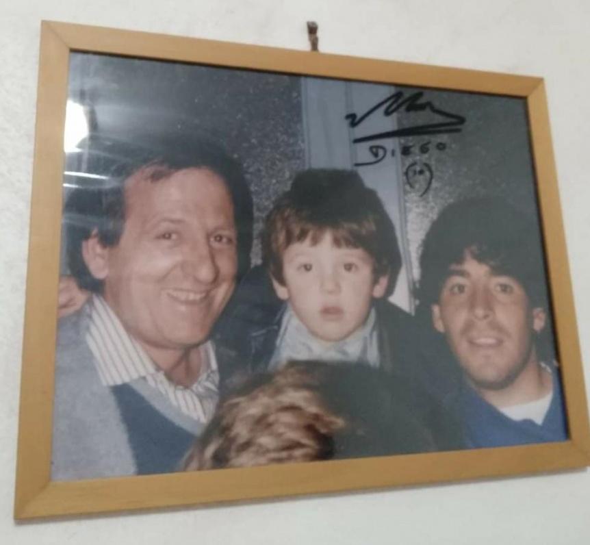"""El dolor de los italianos por Maradona: """"Se fue un hijo de Nápoles"""""""