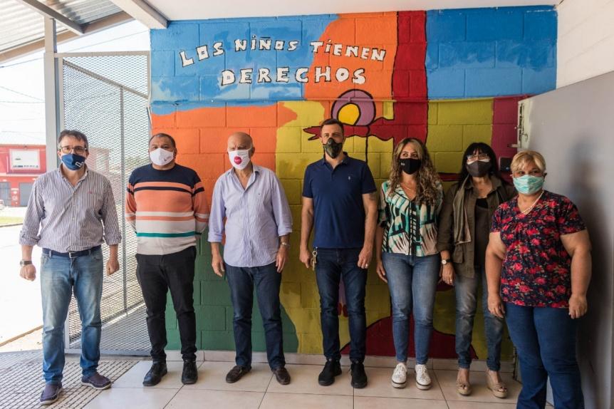 Grindetti visitó el mural por los Derechos del Niño en Monte Chingolo